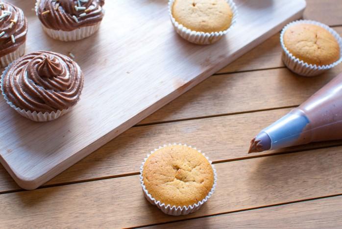 Pumpkin_Cupcakes_Chocolate-5