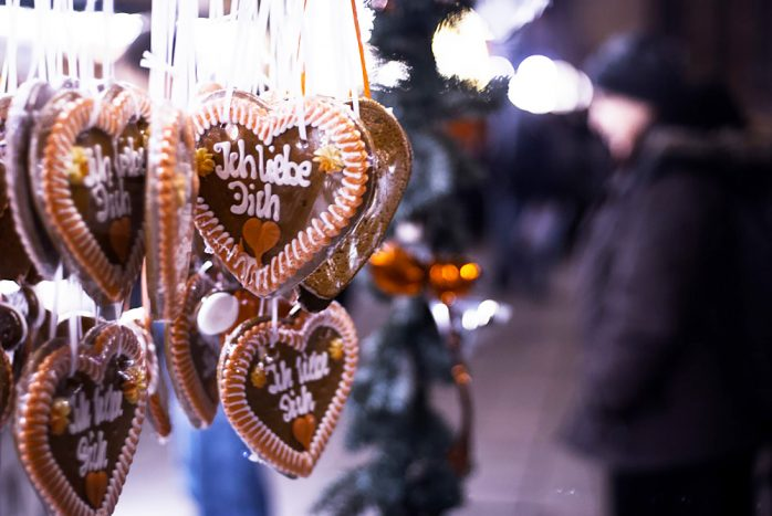 gingerbread frankfurt christmas market