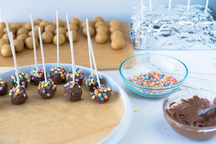 Speculoos (Biscoff) Cake Pops Recipe