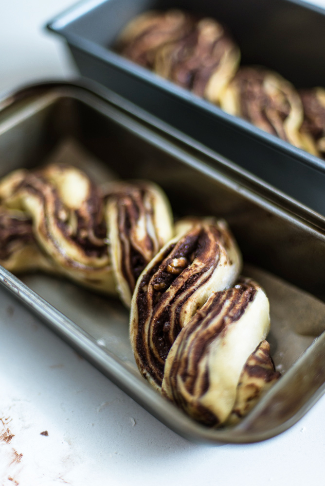 Chocolate Babka Recipe by Yotam Ottolenghi (Jerusalem Cookbook). {photography by Mondomulia}