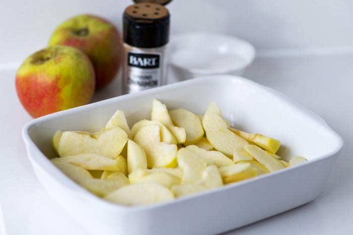 Marzipan-Apple-Pie-Mondomulia-1
