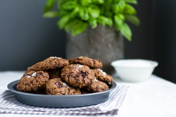 Izy Hossack's Best Chocolate Chip Cookies with Basil Brown Butter & Sea Salt | Recipe by Izy Hossack | Photography by Mondomulia