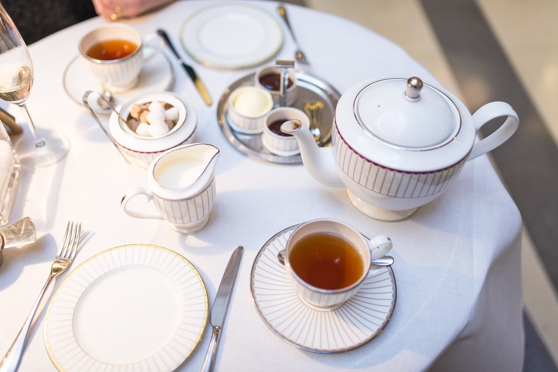 Christmas Afternoon Tea at Corinthia Hotel - Mondomulia