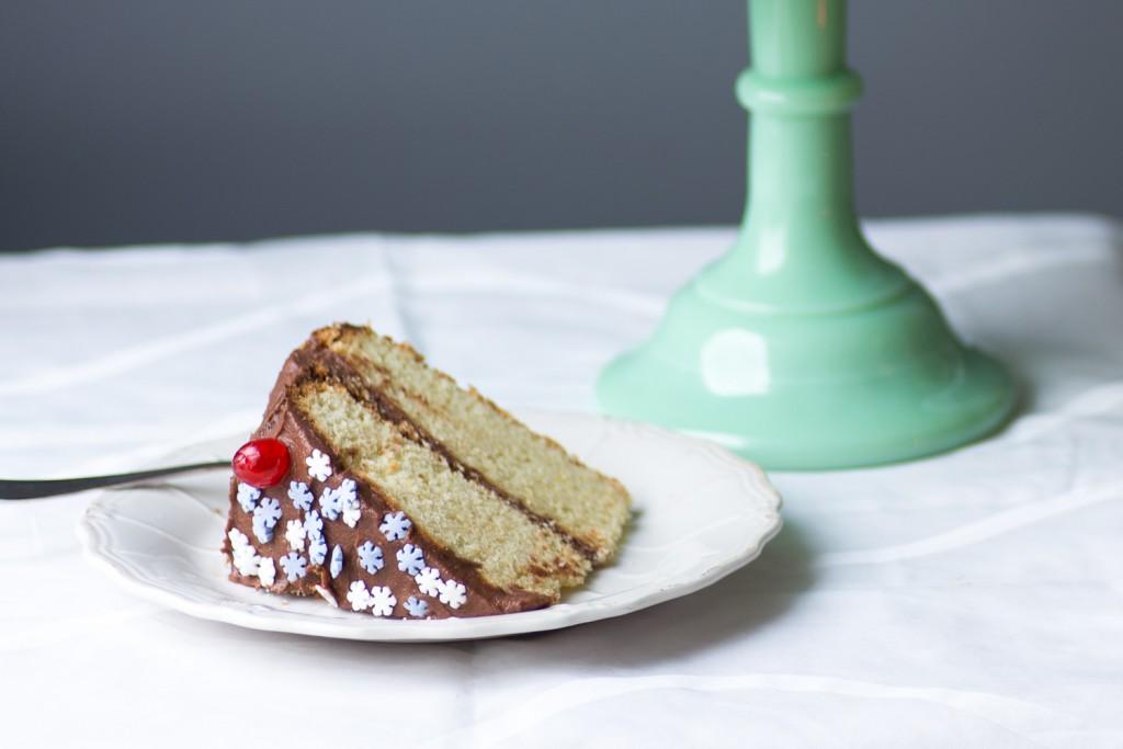 Vanilla-Cake-Chocolate-Icing-1-2