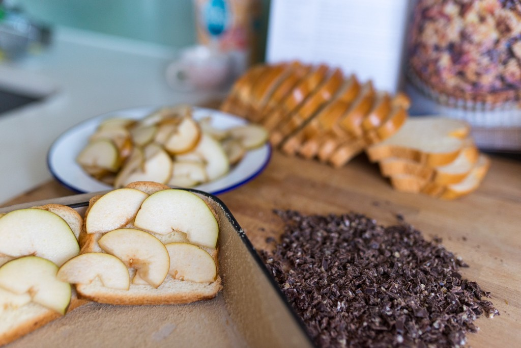 Bread-Pear-Chocolate-Pudding-2