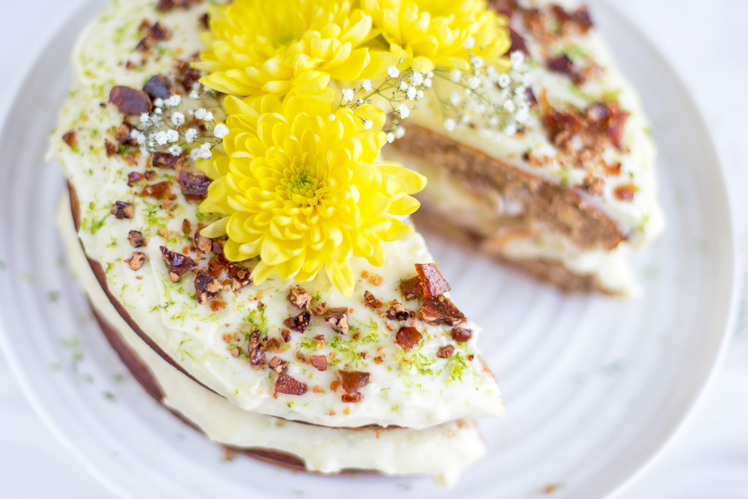 Hummingbird Cake from Jamie Oliver Comfort Food Mondomulia