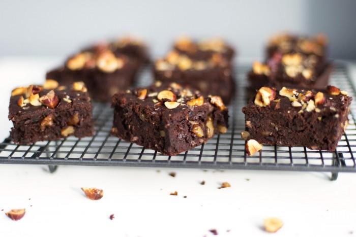 Black-Bean-Brownies-Hemsley-7