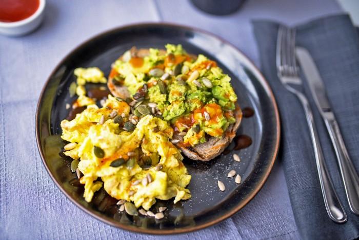 Scrambled-Eggs-Avocado-Toast-3