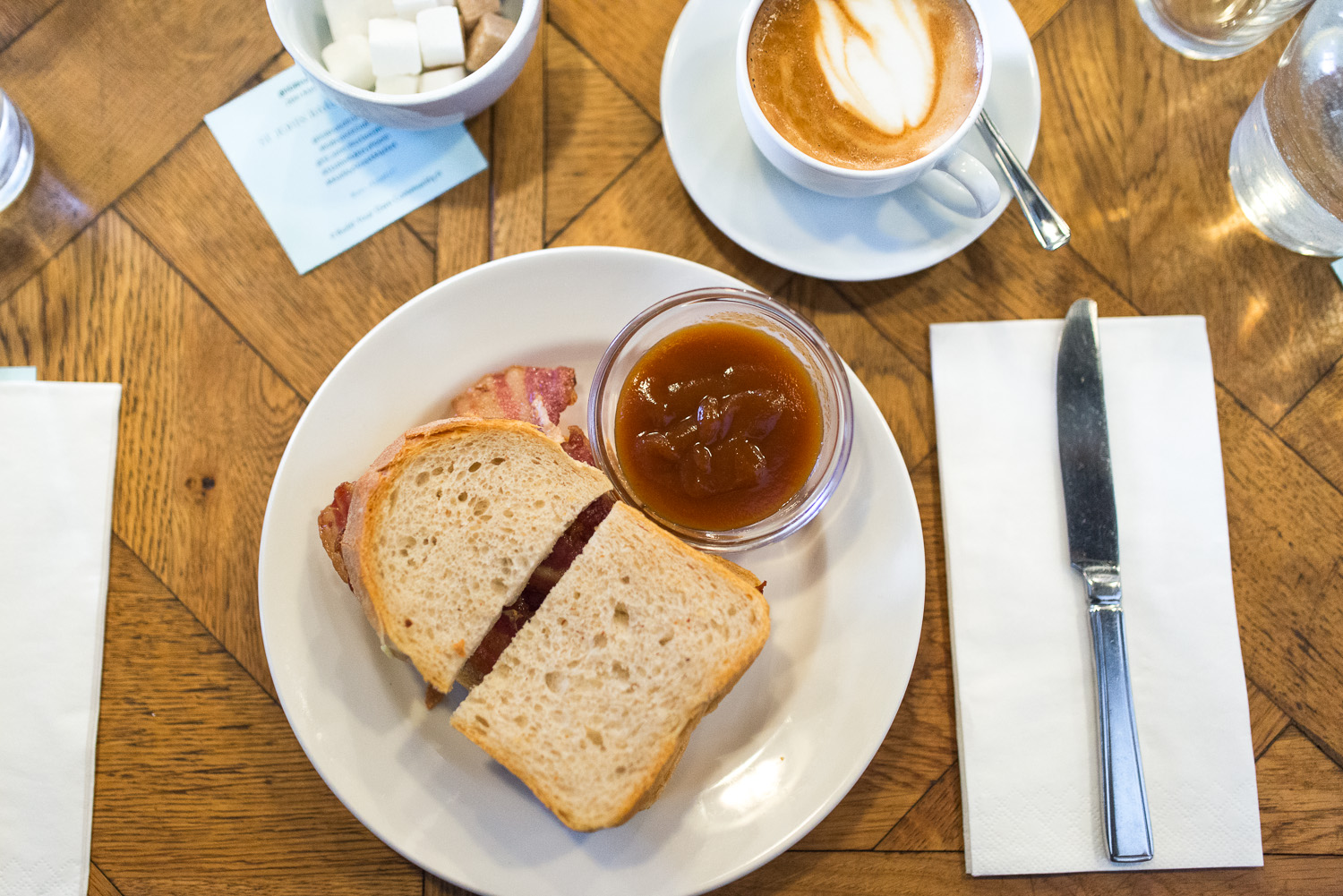 Weekend brunch at St John Bakery in Maltby Street, London | Mondomulia