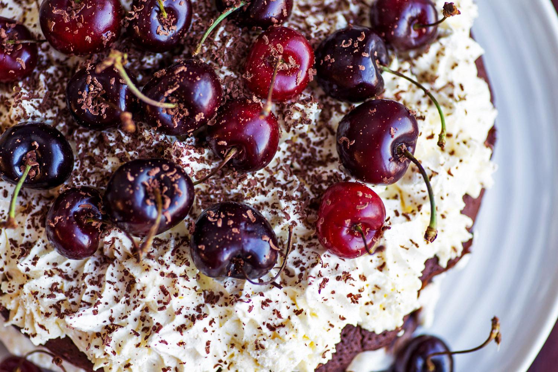 Black forest cake from jamie oliver comfort food black forest gateau recipe 10 forumfinder Choice Image