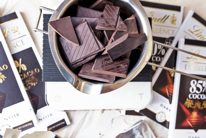 Lindt-Excellence-Dark-Chocolate-2