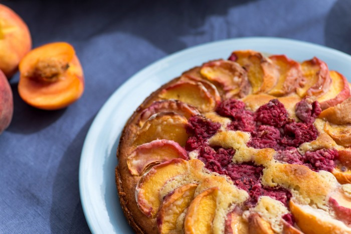 Peach-Raspberry-Cake-Recipe-3