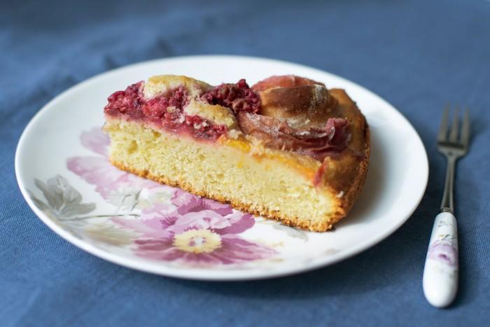 Peach-Raspberry-Cake-Slice-2