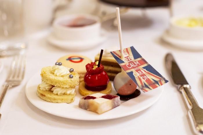 Afternoon-Tea-Hotel-Cafe-Royal-London-14