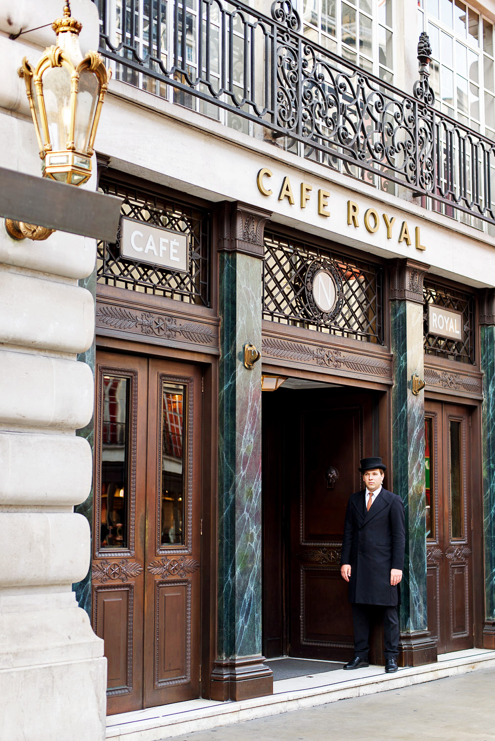 Afternoon-Tea-Hotel-Cafe-Royal-London-17