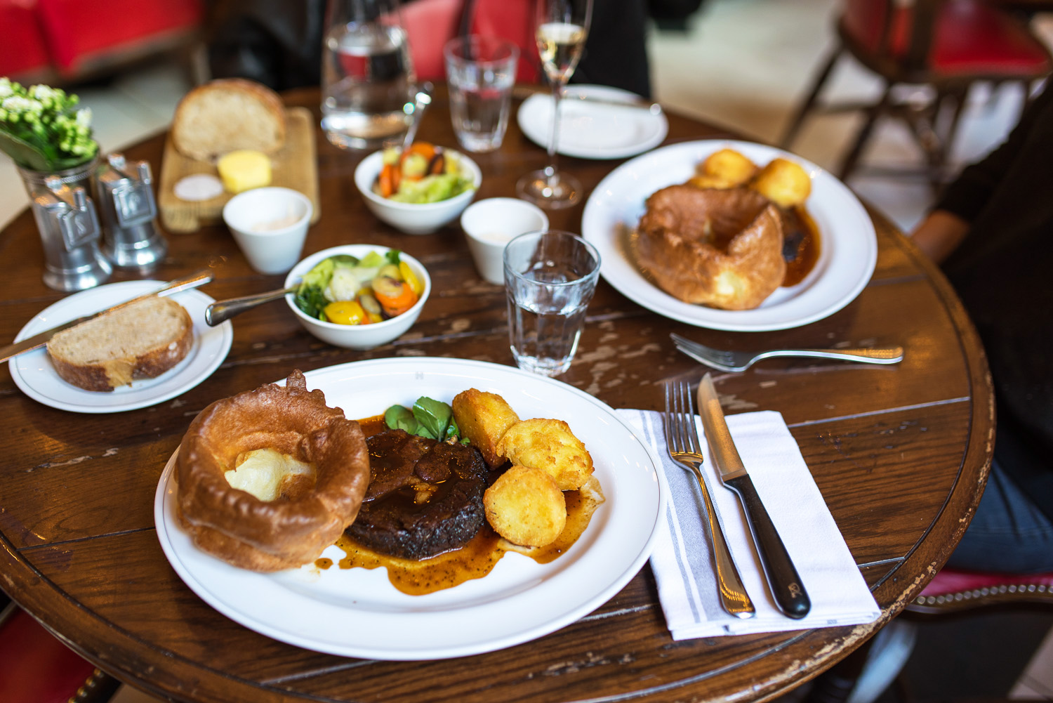 sunday roast at holborn dining room - mondomulia