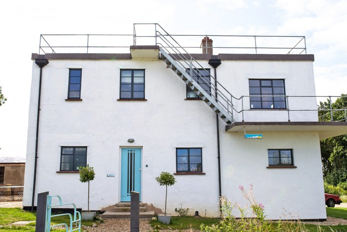 The-Control-Tower-BnB-Norfolk-11
