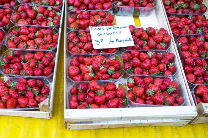 sarlat-food-market-dordogne-france-1-3