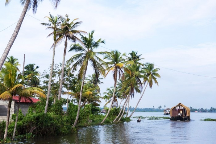 Backwaters-Alleppey-Kerala-4