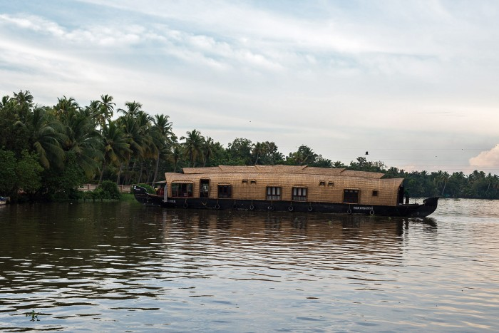 Backwaters-Alleppey-Kerala-India-16