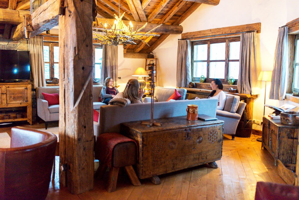 A Ski Holiday In A Luxury Chalet In Val D Is 232 Re Mondomulia