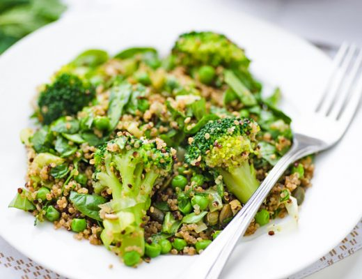 Supergreen Quinoa Salad with Broccoli, Peas, Spinach & Herbs