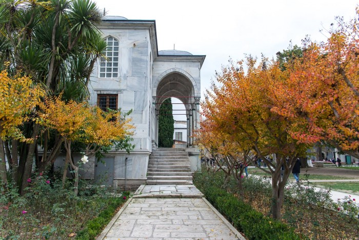 Topkapi Palace Museum | How To Spend a Perfect Day in Istanbul | Mondomulia