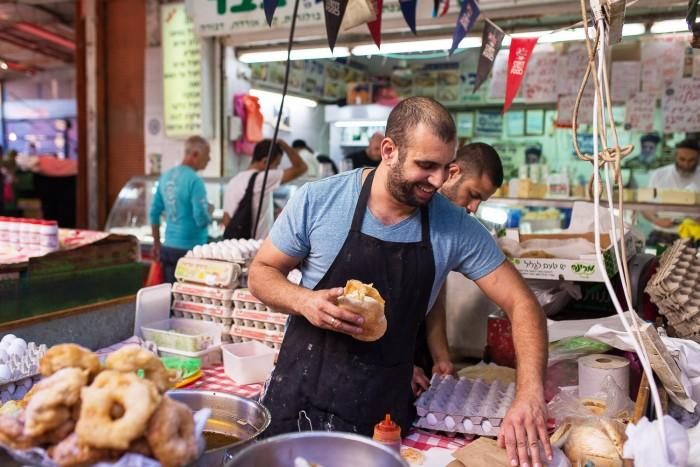 food tour of Tel Aviv Carmel Market