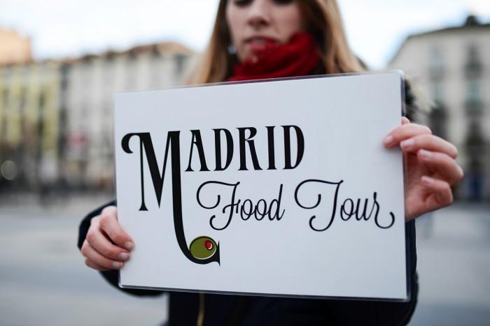 Devour Madrid: Tapas Taverns and History Tour