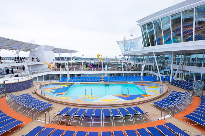 Royal Caribbean Harmony of the Seas - Outdoor swimming pools