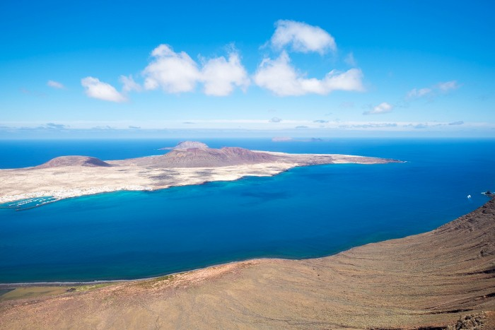 La Graciosa, Canary Islands - My Top 5 Places to Travel in 2017 [photography by Mondomulia]