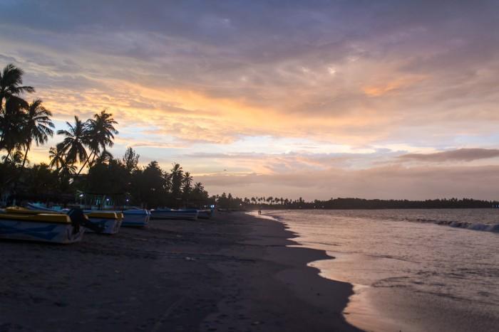 Uppuveli-Beach-Sri-Lanka-11