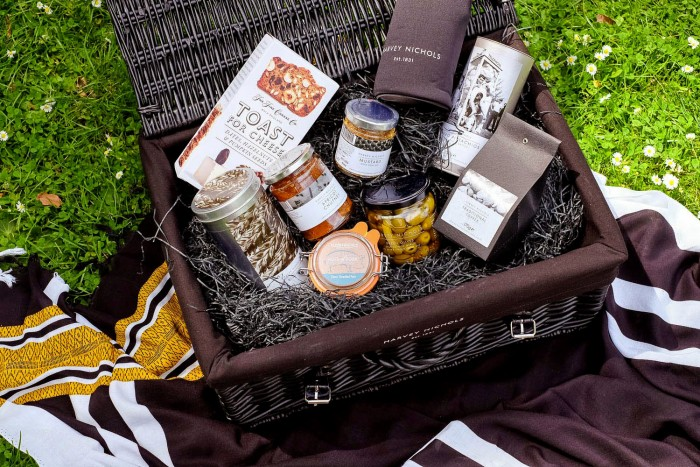 Harvey Nichols luxury picnic hamper