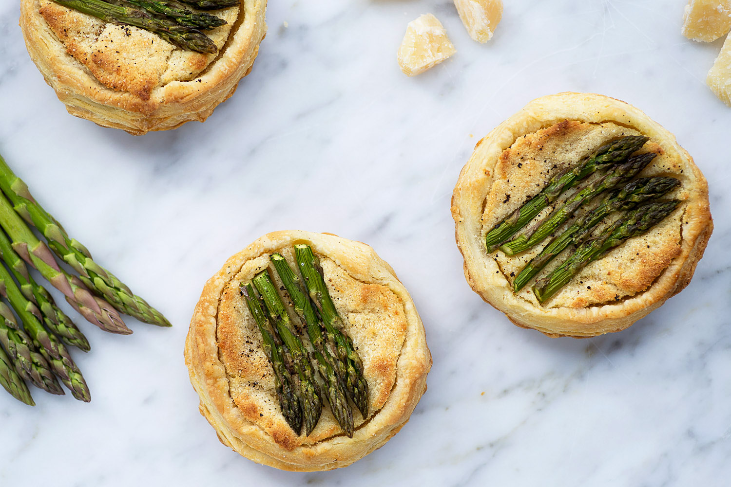 Asparagus, Almond and Grana Padano Tart | Mondomulia