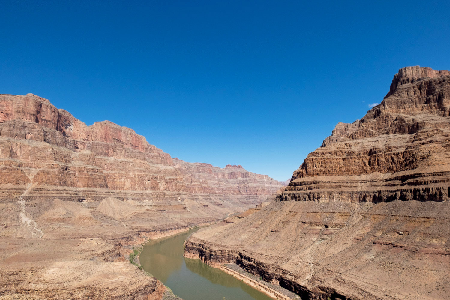 helicopter ride over grand canyon las vegas with Las Vegas Grand Canyon Helicopter on Grand Canyon Skywalk Glass Bridge likewise Buswrboat also Best Las Vegas Helicopter Tours also Phoenix Us Az P moreover 5starhelicoptertours.