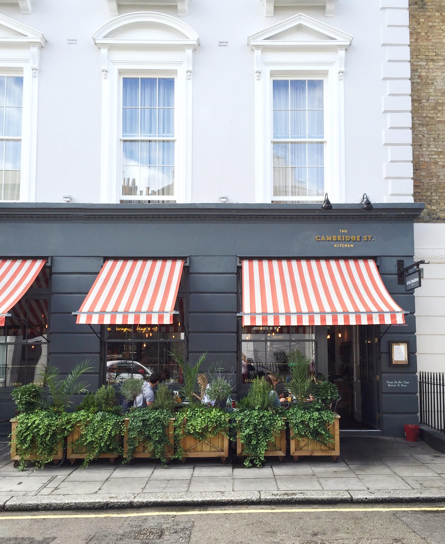 Artist Residence Hotel in Pimlico, London