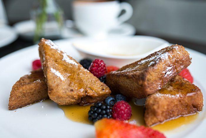 A la carte breakfast at Shangri-La Hotel at The Shard London