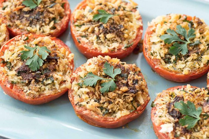 Oven-roasted Tomatoes with Parsley and Panko Breadcrumbs