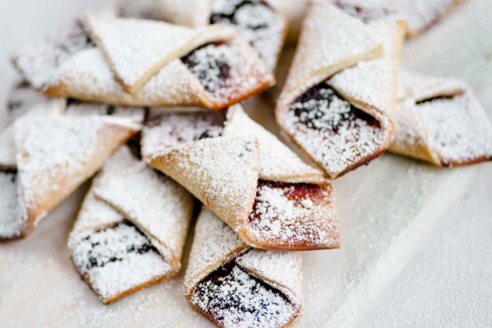 Kolaczki Biscuits - Polish Christmas Cream Cheese Biscuits with Jam