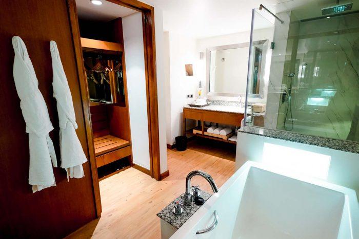 Bathroom in the Loft Room - Alila Diwa Goa Resort, India