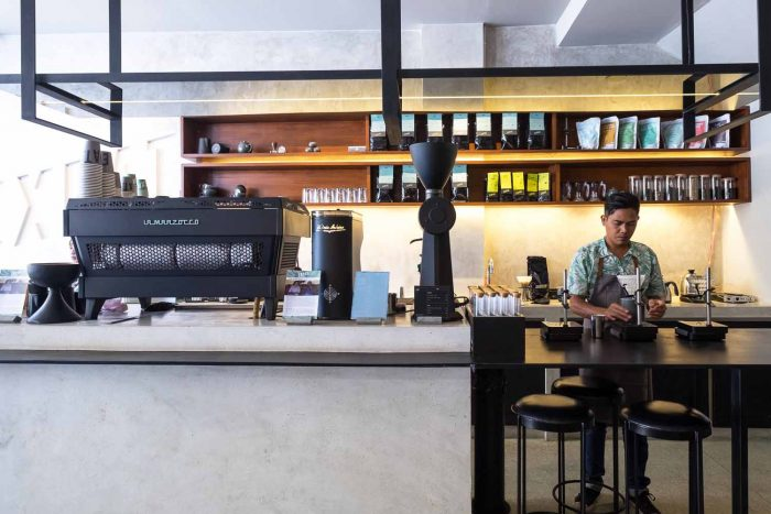 Expat Roasters Seminyak - My Top 12 Speciality Coffee and Brunch Shops in Bali | A Guide of Bali | Mondomulia