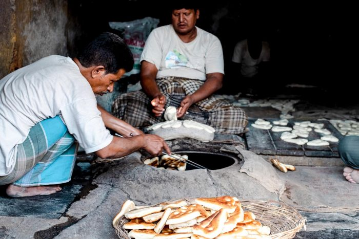 Munshi naan bread in Hyderabad, India | Food Sherpa Trail with ITC Kakatiya Hotel