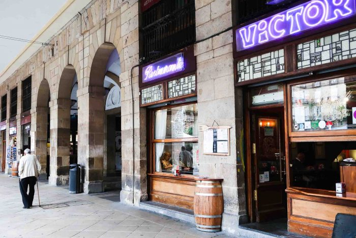 Victor in Plaza Nueva, Bilbao | A Guide to The Best Pintxos Bars in Bilbao | Mondomulia