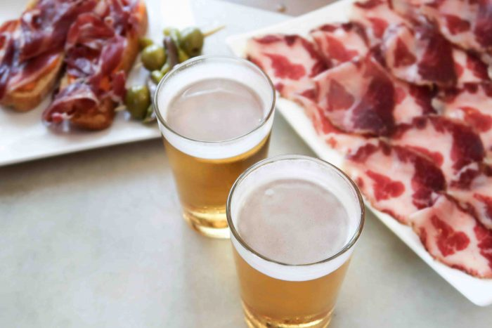 La Viña del Ensanche | A Guide to The Best Pintxos Bars in Bilbao | Mondomulia