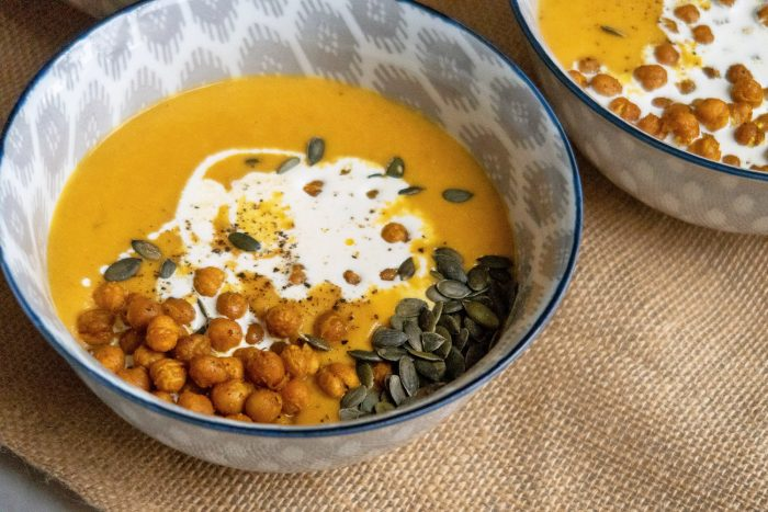 Carrot and Chickpea Soup with Crunchy Masala Chickpeas | Mondomulia