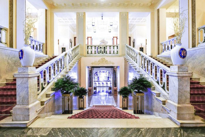 The Grand Staircase at Belmond Grand Hotel Europe in Saint Petersburg, Russia | Mondomulia Travel