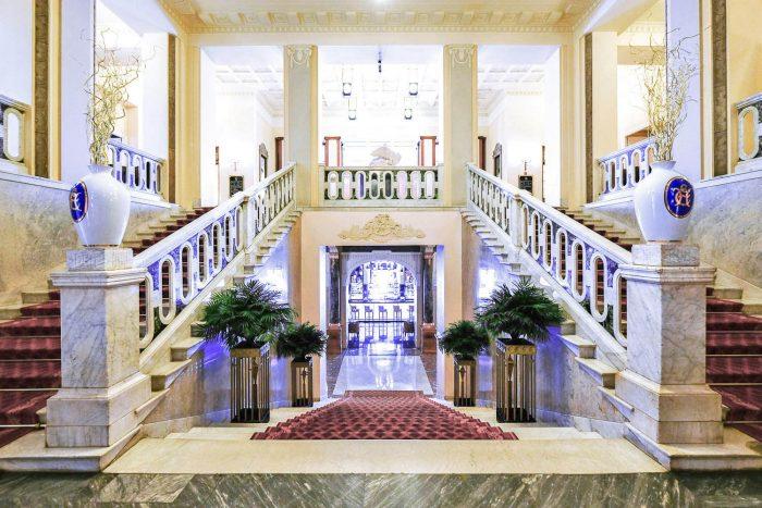 The Grand Staircase at Belmond Grand Hotel Europe in Saint Petersburg, Russia | Mondomulia Travel