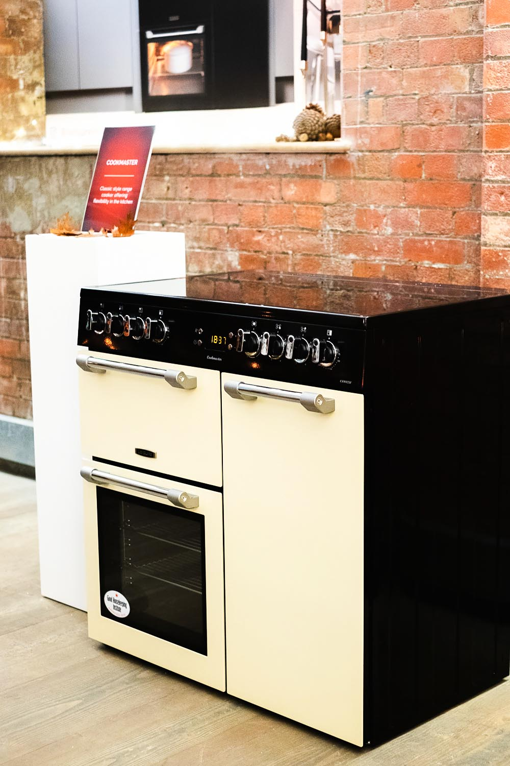The Leisure brand has over 120 years of range cooking history, since the introduction of the first ever range cooker in 1883. Today, they continue to ensure that every range cooker produced has the very highest quality and performance, combined with the latest cutting edge design.