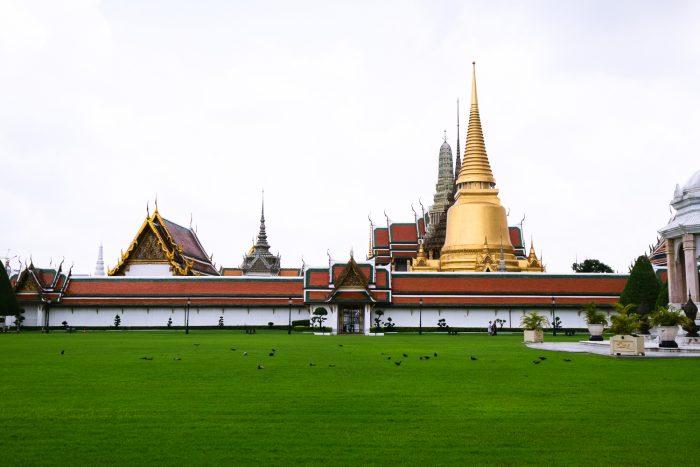 Royal Grand Palace in Bangkok, Thailand | A Four Day City Guide by Mondomulia