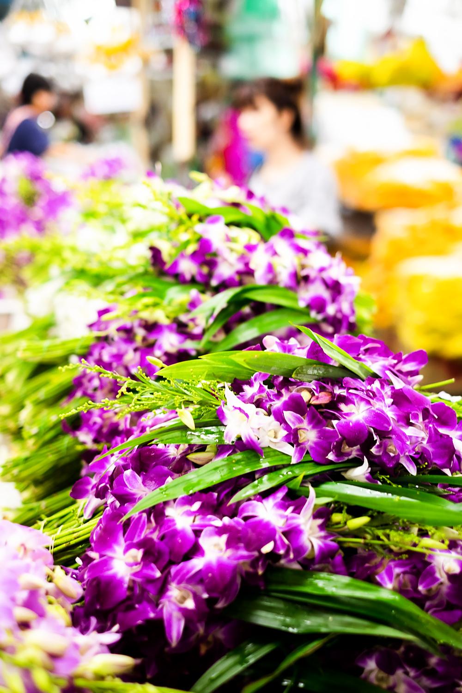 Bangkok Flower Market (Pak Klong Talad) is one of the biggest flower markets in the world | Mondomulia